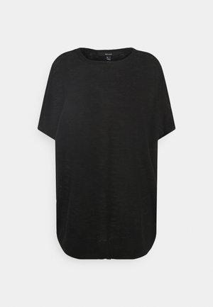 VMFLYSTA OVERSIZE BLOUSE - Jednoduché triko - black