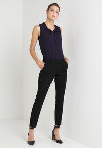 Expresso - Kalhoty - schwarz - 1