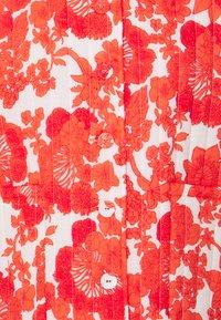 Hofmann Copenhagen - KAMILIA PRINT - Light jacket - coral - 2