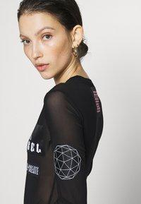 Diesel - VALERIE BODY - T-shirt à manches longues - black - 5