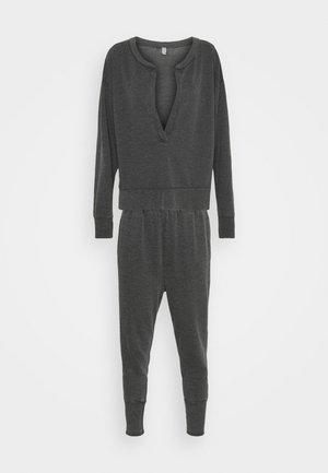 COZY COOL GIRL LOUNGE SET - Pyjama - washed black