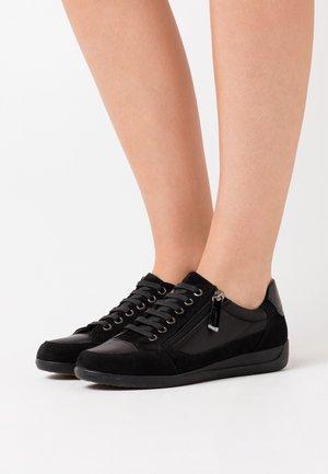 MYRIA - Zapatillas - black