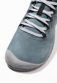 Merrell - VAPOR GLOVE LUNA - Minimalist running shoes - slate - 5