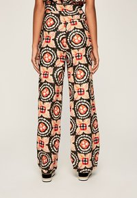 Pepe Jeans - Spodnie materiałowe - multi - 2