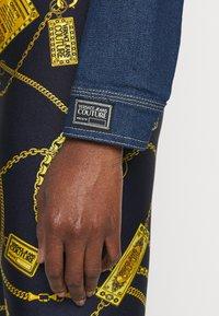 Versace Jeans Couture - LADY JACKET - Kurtka jeansowa - indigo - 4