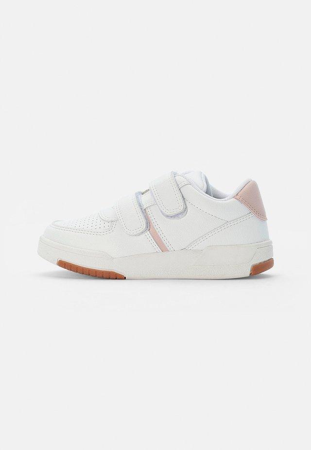 RETRO TENNIS TRAINER - Sneakers laag - marshmallow gum