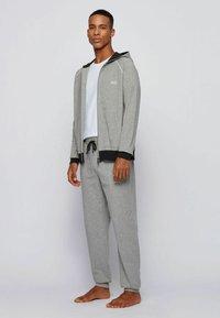 BOSS - veste en sweat zippée - grey - 1