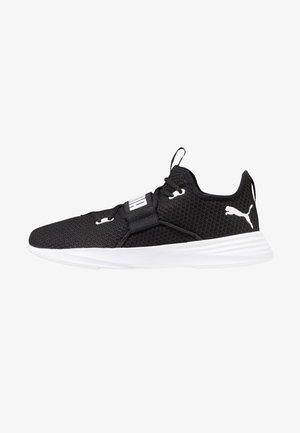 PERSIST XT - Sports shoes - black/white