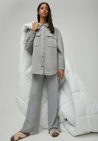PULL&BEAR - Light jacket - grey - 5