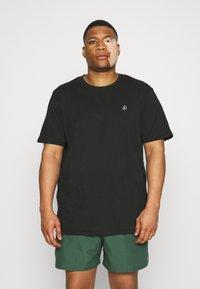 Jack & Jones - JORJXJ TEE CREW NECK 5 PACK - Basic T-shirt - white - 1