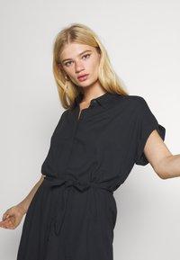 Vero Moda - VMSIMPLY EASY SHIRT DRESS - Skjortekjole - black - 3