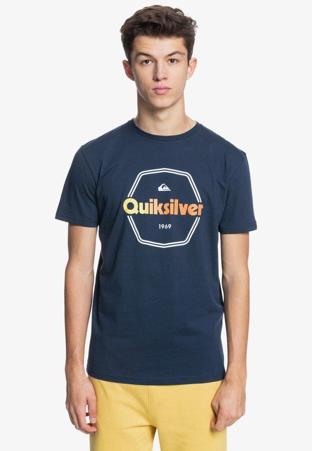 HARD WIRED  - Print T-shirt - navy blazer