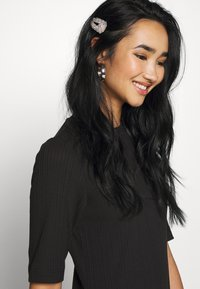Monki - HALLEY DRESS - Jerseykjole - black - 3
