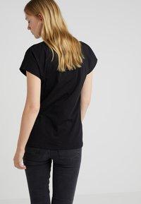 Won Hundred - PROOF - Basic T-shirt - black - 2