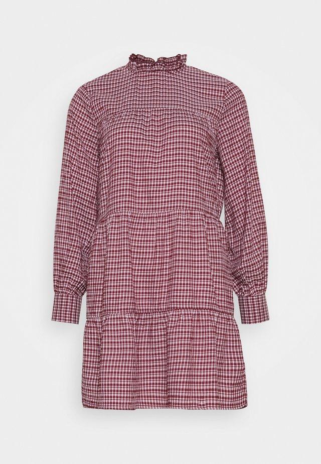 ONLCAROLE LIFE DRESS - Kjole - pomegranate