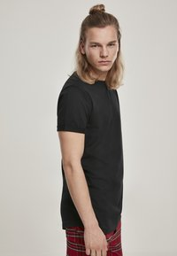 Urban Classics - T-shirt basic - black - 4
