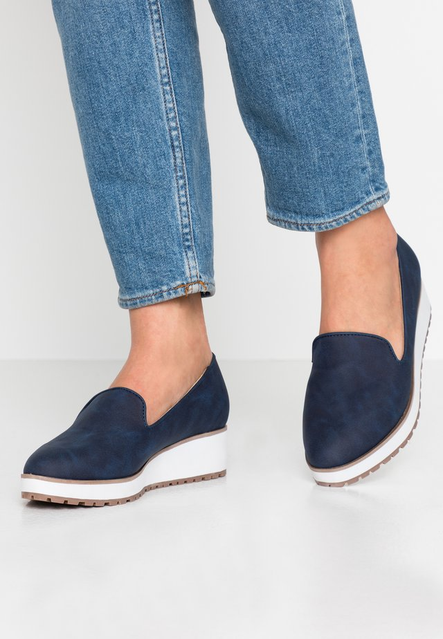 BRIA - Slippers - navy