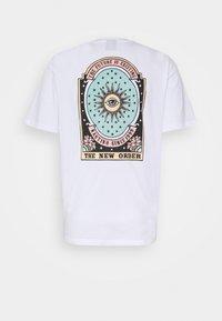 Kaotiko - UNISEX NEW ORDER - Print T-shirt - white - 1