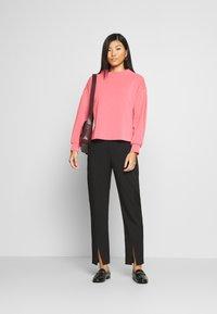 Opus - GANNA - Sweatshirt - electric pink - 1