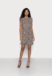 New Look Petite - SHOULDER PAD RUCHED DRESS - Day dress - beige/black - 1