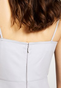 Proenza Schouler White Label - LIGHTWEIGHT KNOTTED TOP DRESS - Pouzdrové šaty - grey - 5