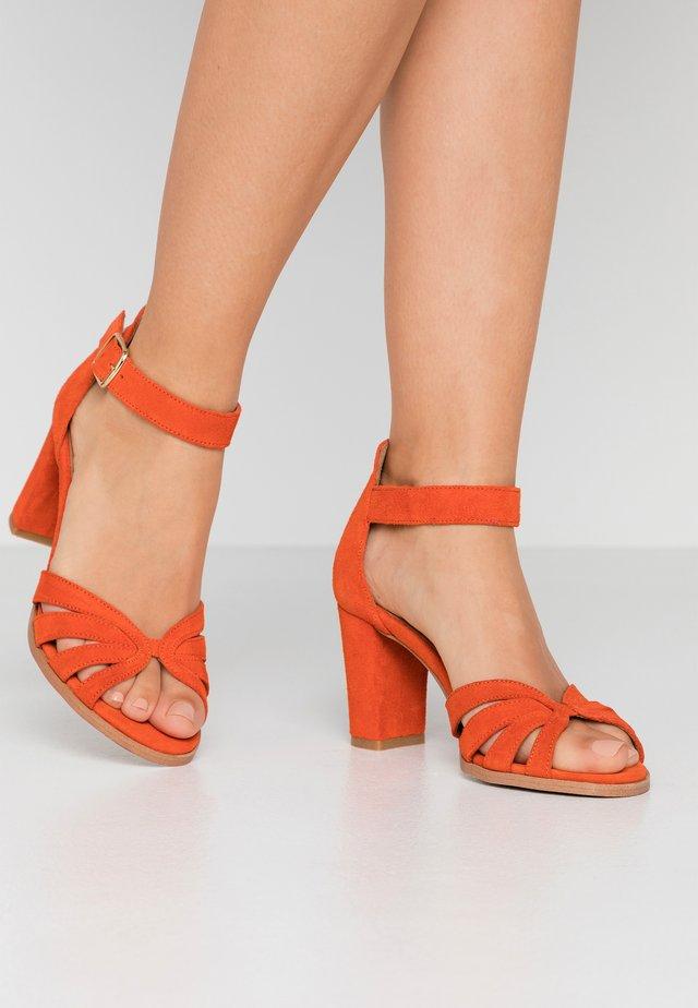 GILLIAN - Sandales - orange