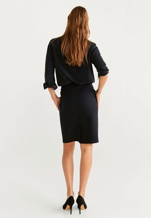COFI - Blyantnederdel / pencil skirts - black