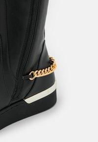 Liu Jo Jeans - SILVIA  - Platform boots - black - 5