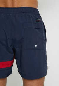 Tommy Hilfiger - MEDIUM DRAWSTRING - Shorts da mare - blue