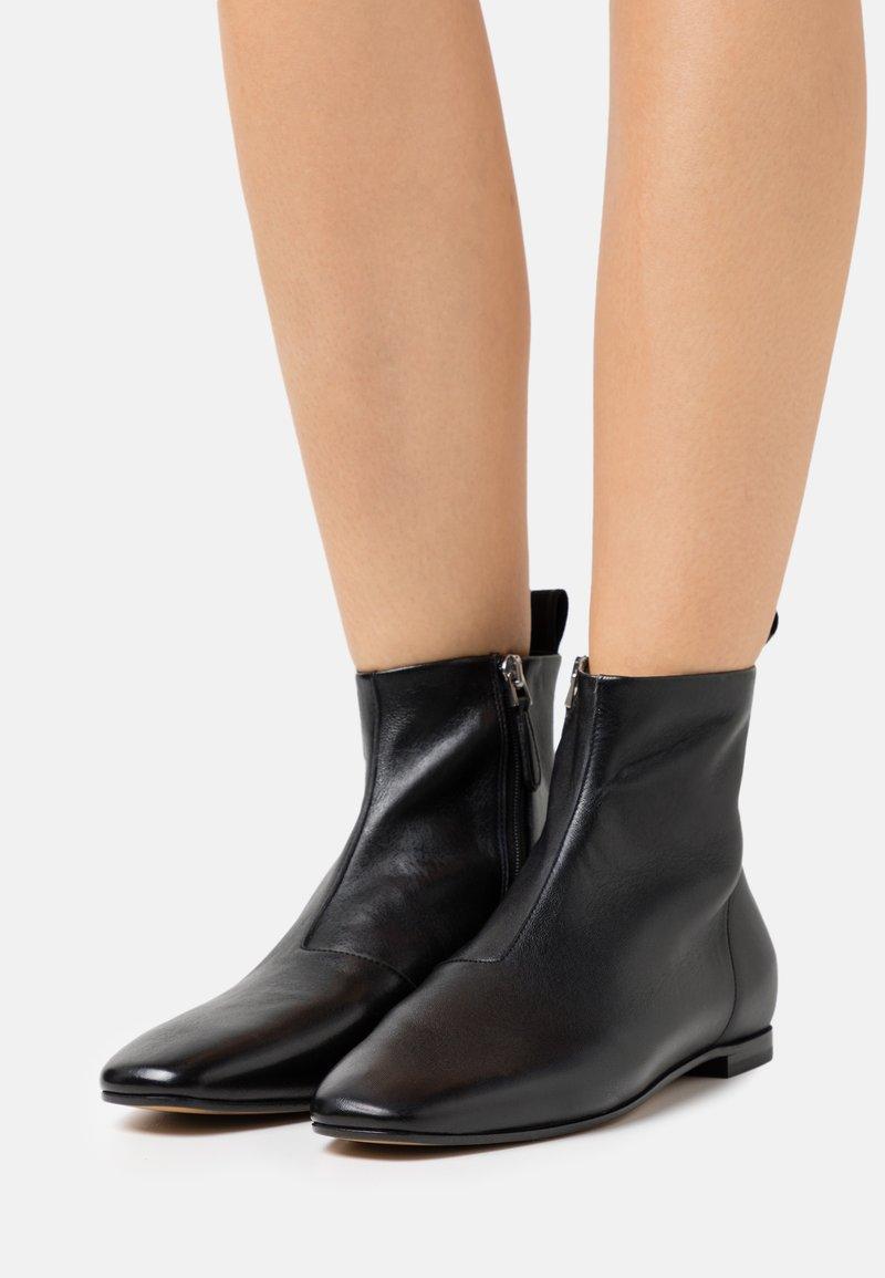 Emporio Armani - Classic ankle boots - black