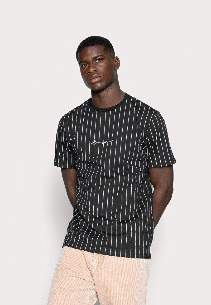 Mennace - TEE WITH EMBROIDERY - T-shirt med print - black