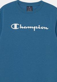 Champion - AMERICAN CLASSICS CREW NECK UNISEX - Sweater - blue - 2