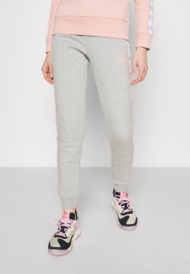 BASIC PANT - Teplákové kalhoty - grey melange