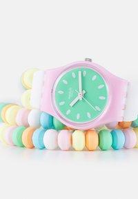 Swatch - CARAMELLISSIMA - Hodinky - multicolor - 4