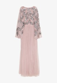 Maya Deluxe - CAPE SLEEVE MAXI DRESS WITH FLORAL EMBELLISHMENT - Robe de cocktail - frosted pink