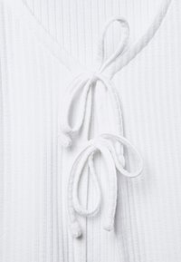 Hollister Co. - SLIM DOUBLE TIE - Cardigan - white - 5