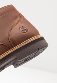 Timberland - SQUALL CANYON WP CHUKKA - Lace-up ankle boots - mid brown - 5