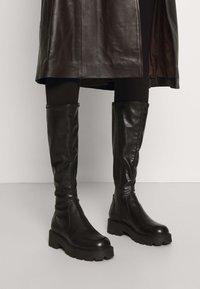 Vagabond - COSMO - Platform boots - black - 0