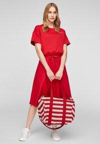 s.Oliver - Tote bag - red stripes - 0