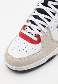 Diadora - RAPTOR UNISEX  - Sneakers high - white/corsair - 5