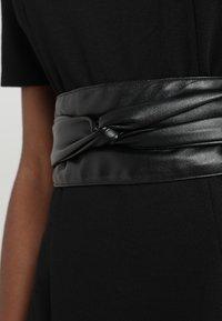 KIOMI - Shift dress -  black - 6
