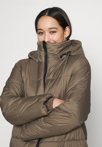 EDITED - OLWEN PUFFER COAT - Winter coat - grün - 4