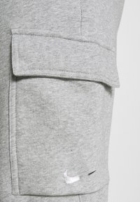 Nike Sportswear - PANT  - Pantalon de survêtement - grey heather - 5