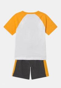 Nike Sportswear - SET - T-shirt med print - black - 1
