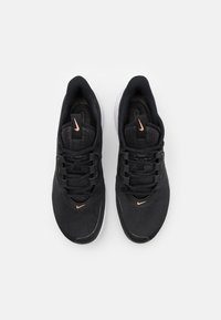 Nike Performance - AIR MAX VOLLEY CLAY - Clay court tennis shoes - black/metallic red bronze/white - 3