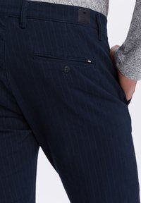 Cross Jeans - Chinos - dark blue - 4