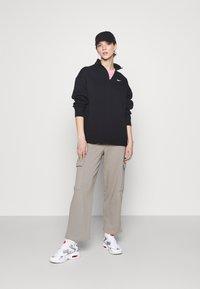 Nike Sportswear - TREND - Sweatshirt - black - 1