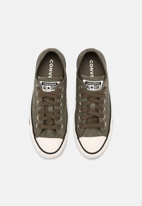 Converse - CHUCK TAYLOR ALL STAR UNISEX - Trainers - green - 3