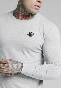 SIKSILK - LONG SLEEVE GYM TEE - Långärmad tröja - grey marl - 4