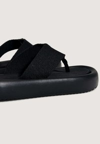 OYSHO - T-bar sandals - black - 4